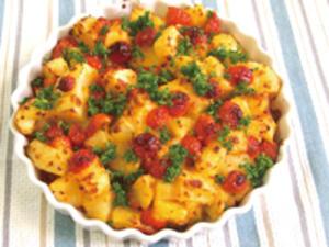 プチトマトとじゃがいものチーズ焼き